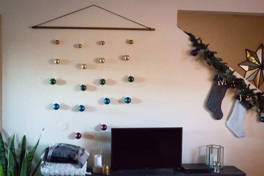 minimal ornament wall hanging