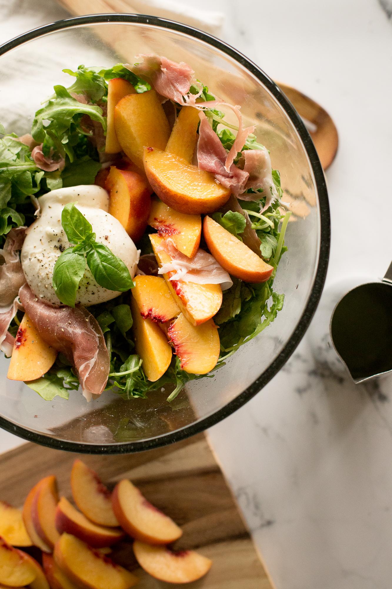 peach prosciutto burrata salad