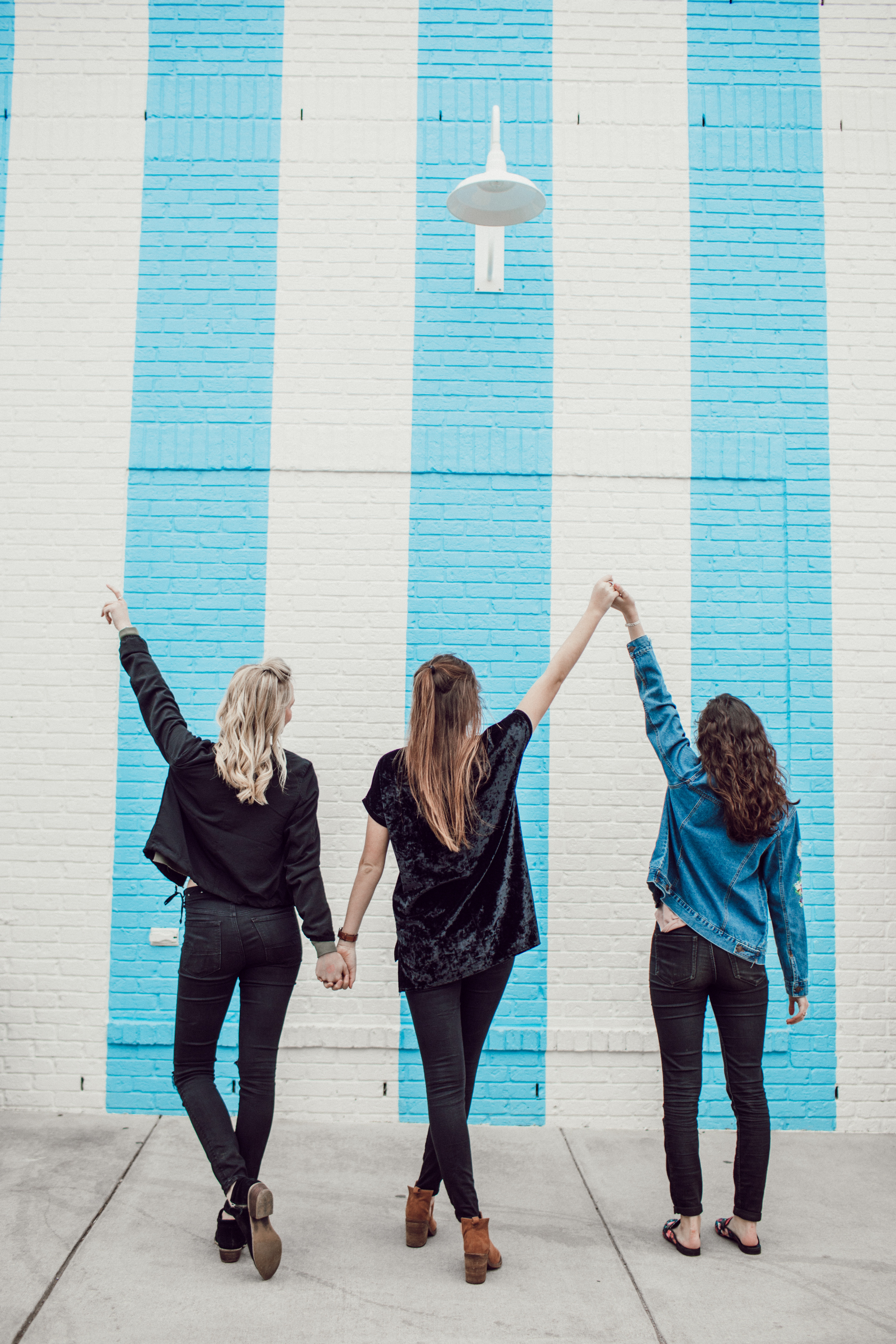 how to cultivate lifelong friendships